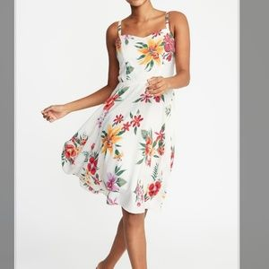 NWT Floral Bridal Old Navy cami fit & flare dress